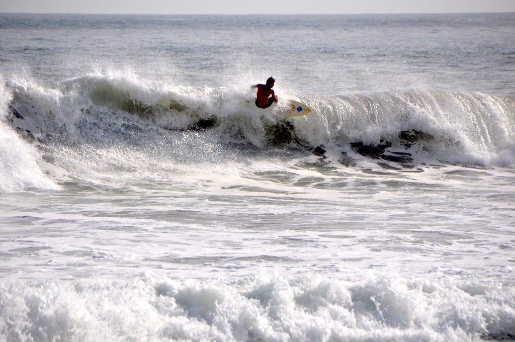An der Costa del Bálsamo findet sich die beste Welle Zentralamerikas. Ein Muss für alle Surfer!