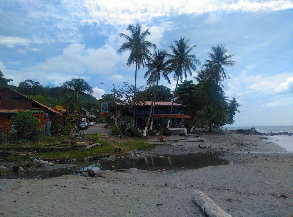 Strand und Zentrum Montezumas