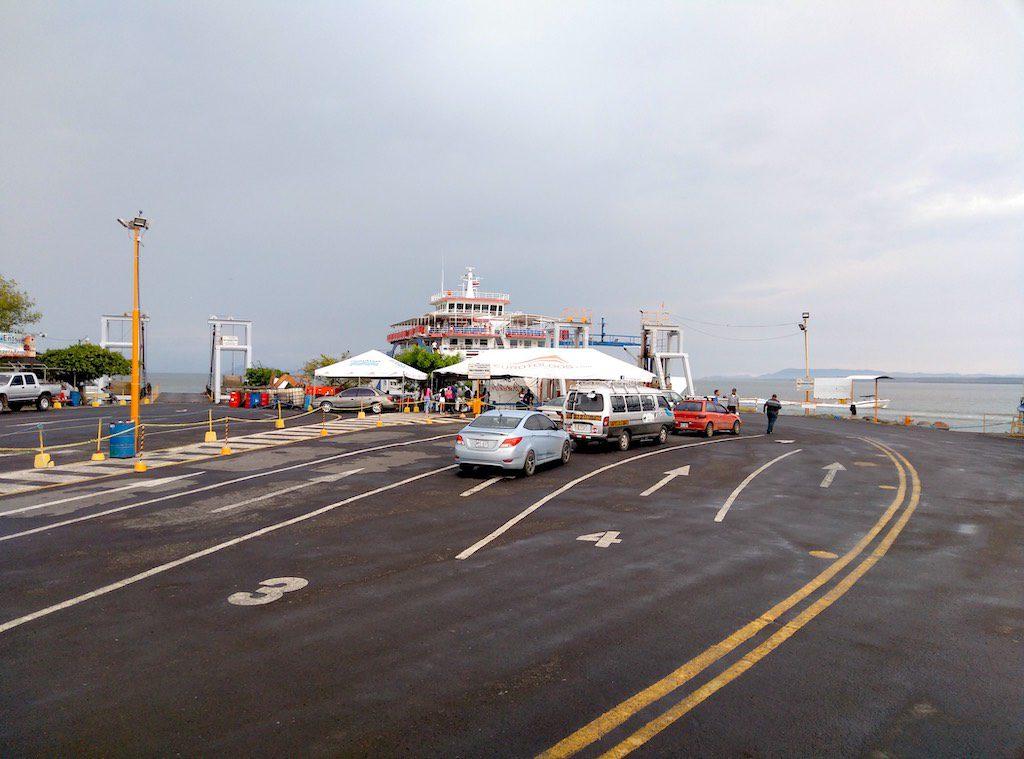 Fährhafen in Puntarenas
