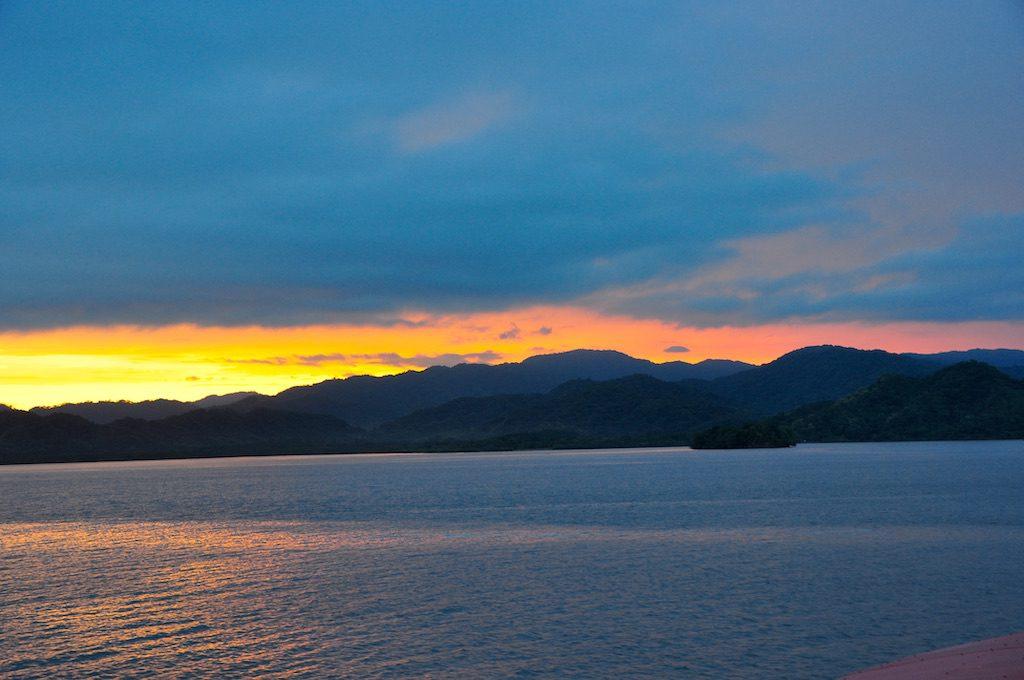 Sonnenuntergang während der Überfahrt zur Halbinsel Nicoya