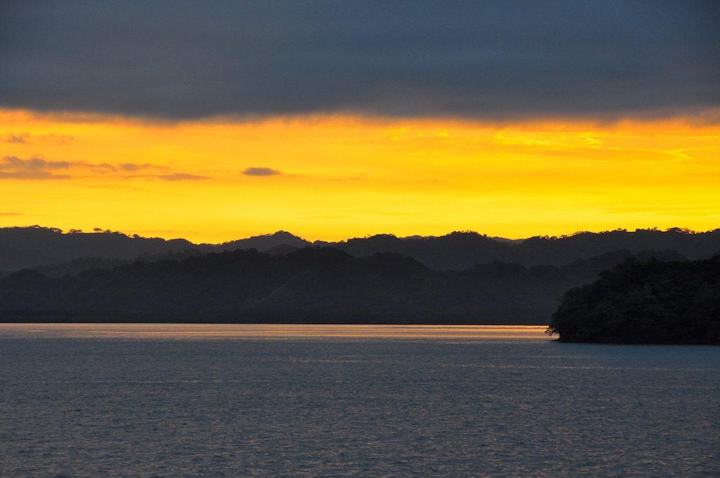 Sonnenuntergang hinter der Halbinsel Nicoya