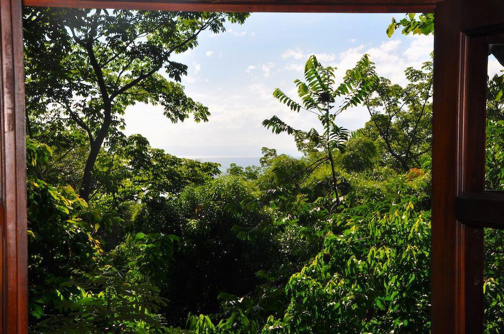 Sensationeller Ausblick vom Bett in unserem Hotel Luz en el Cielo in Montezuma