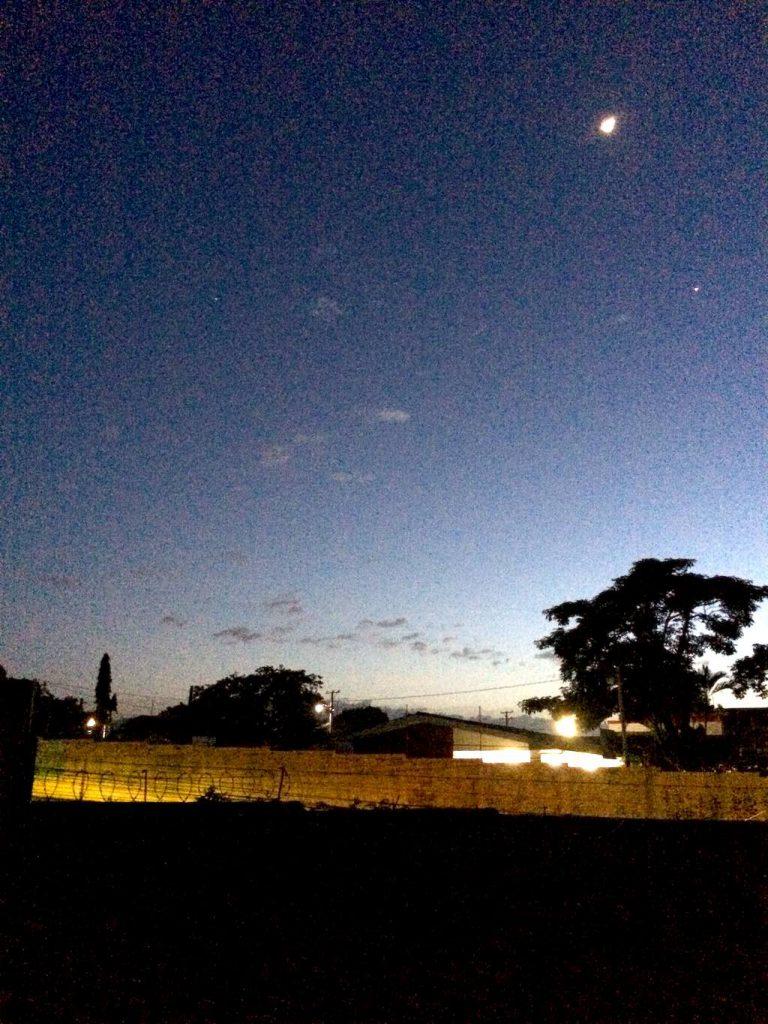 Blick auf den Nachthimmel von der Dachterrasse im Hostal Vital Yek, Santa Ana