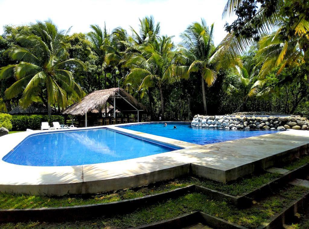 Hier lässt es sich aushalten: Der vielleicht schönste Pool in der Bahía de Jiquilisco!
