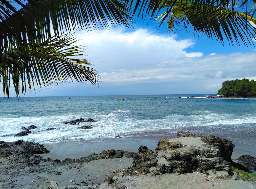 Wunderschöner Strand in Montezuma