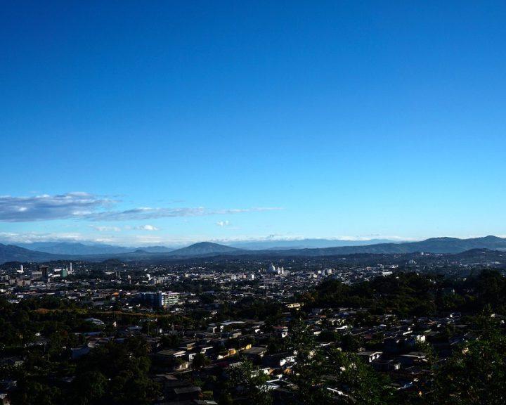 Blick auf San Salvador. Q: Bild von Gerson Rodriguez auf Pixabay.